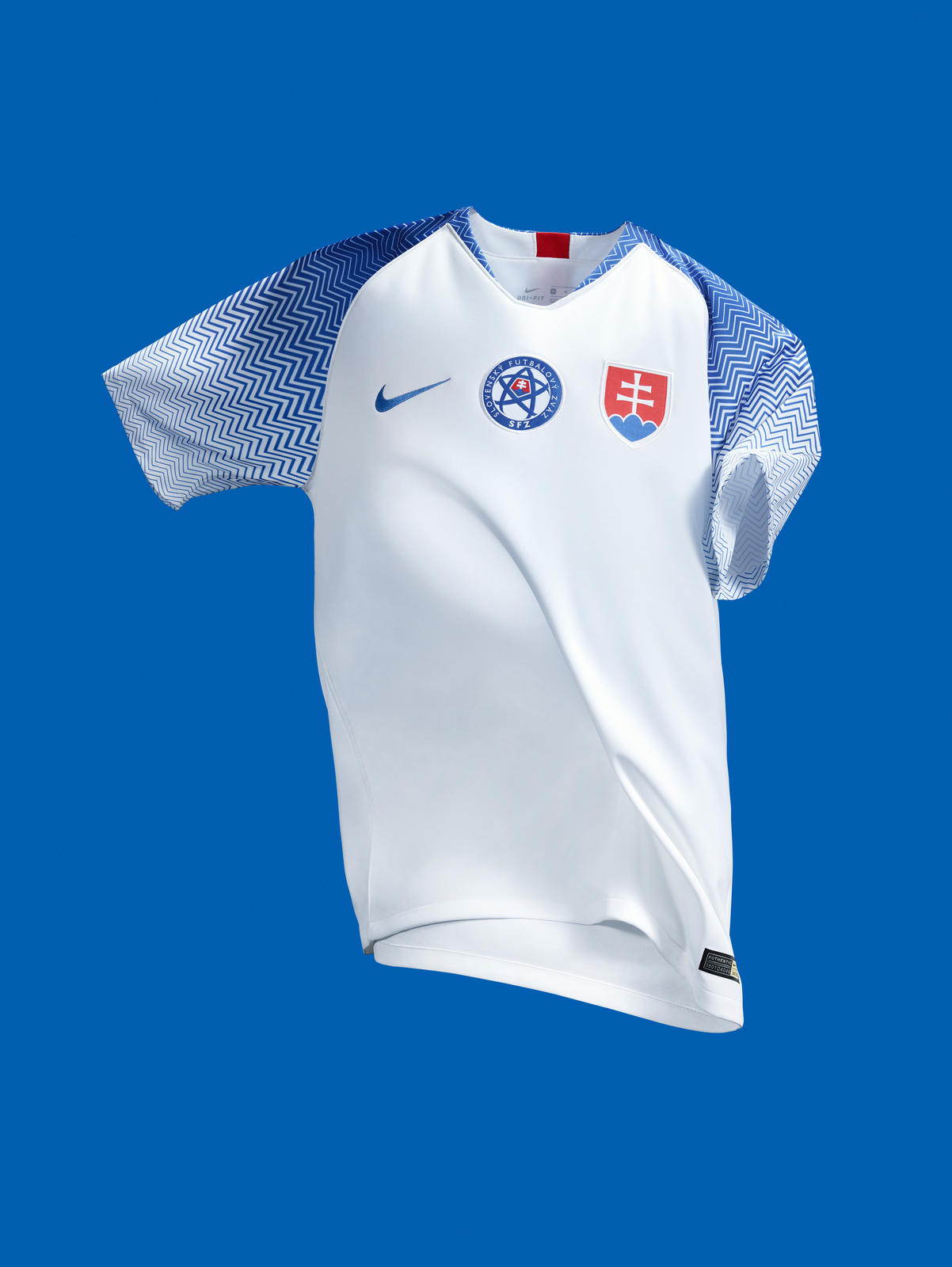 Slovakia Honors Nation's Historic Architecture with New Kit Design 0