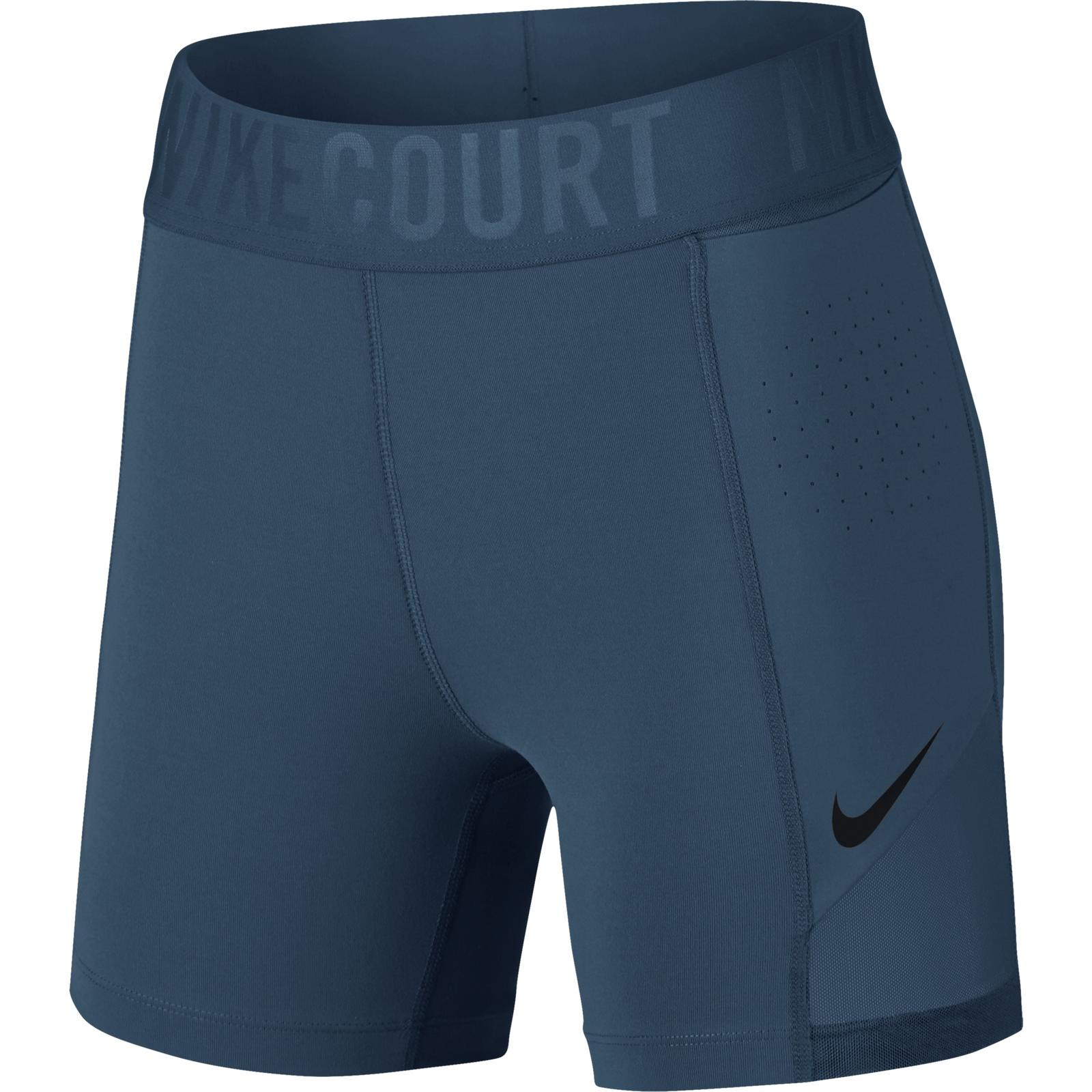 NikeCourt Paris Collection