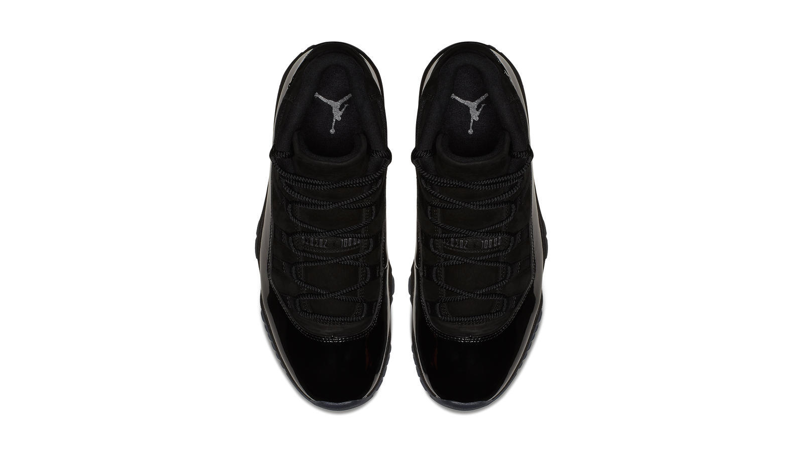 Air Jordan XI Cap and Gown 3