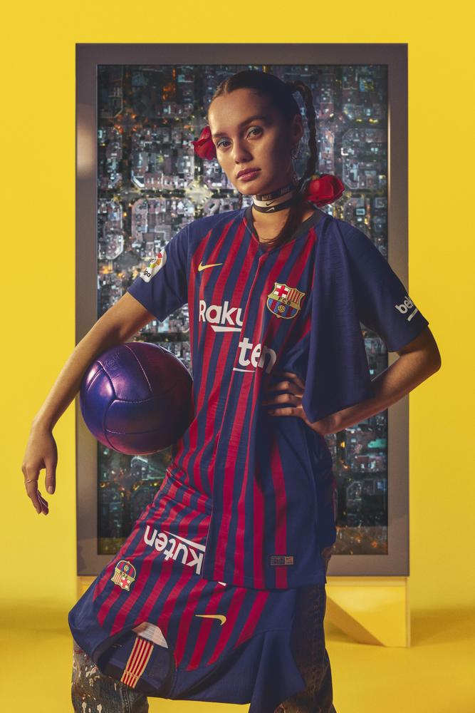 FC Barcelona's 2018-19 Home Kit Unites the City's 10 Districts