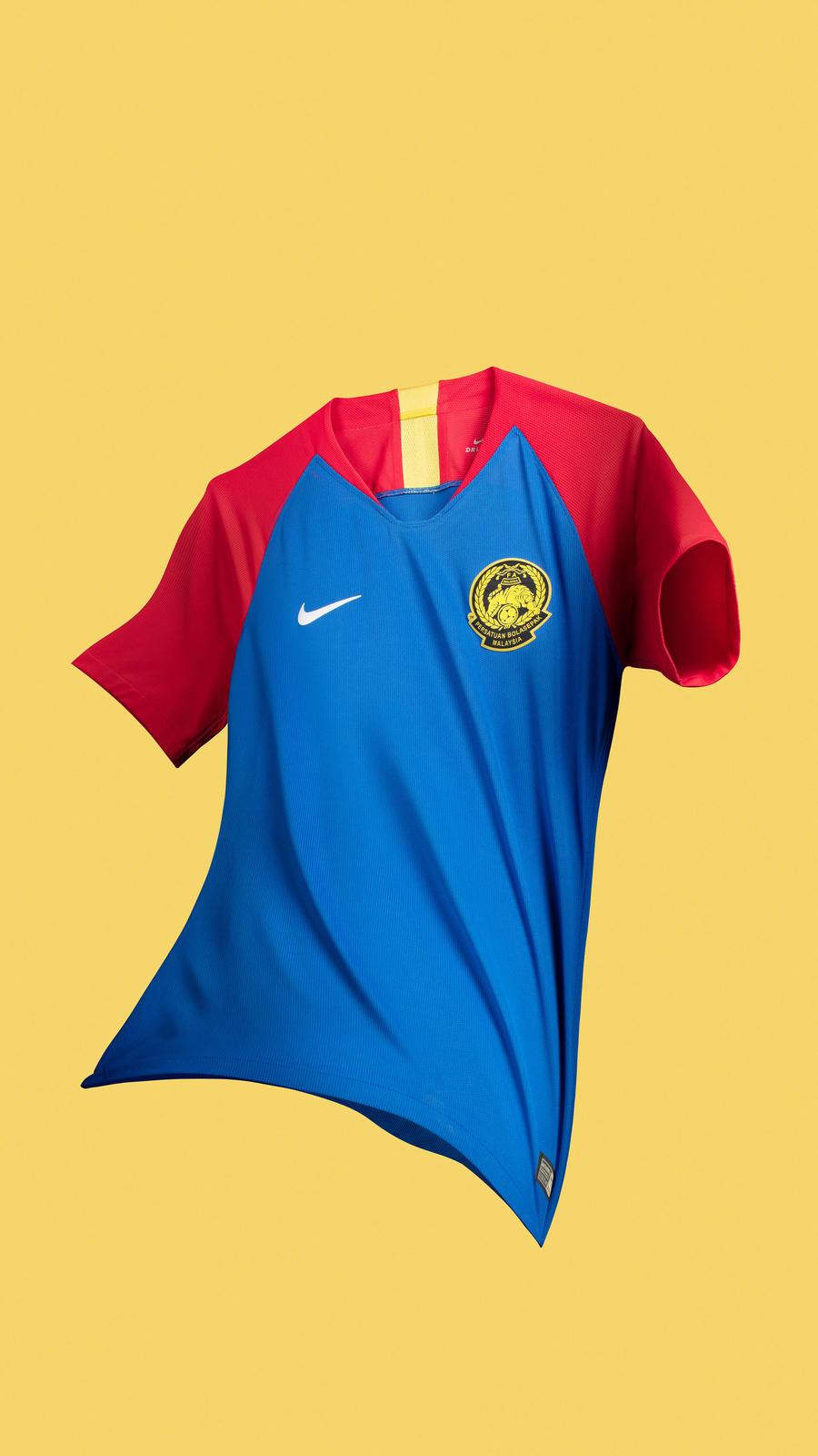 Malaysia kit dream league soccer 2019   Dream League Soccer 2019 Apk