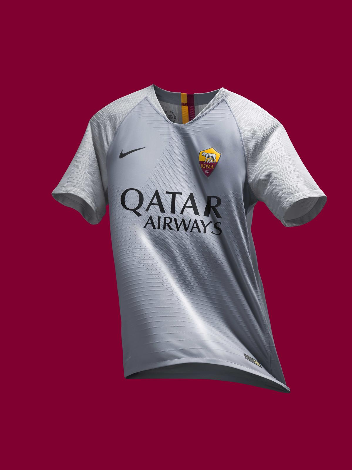 d943aed23 AS Roma s 2018-19 Away Kit Celebrates the Capitoline Wolf 2