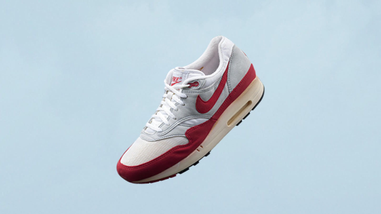 timeless design 235f9 8cd82 AIR MAX 1 OG -1987 Its the one that started it all. Designed by Tinker  Hatfield, the original Air Max 1 featured a traditional mesh and suede  construction ...