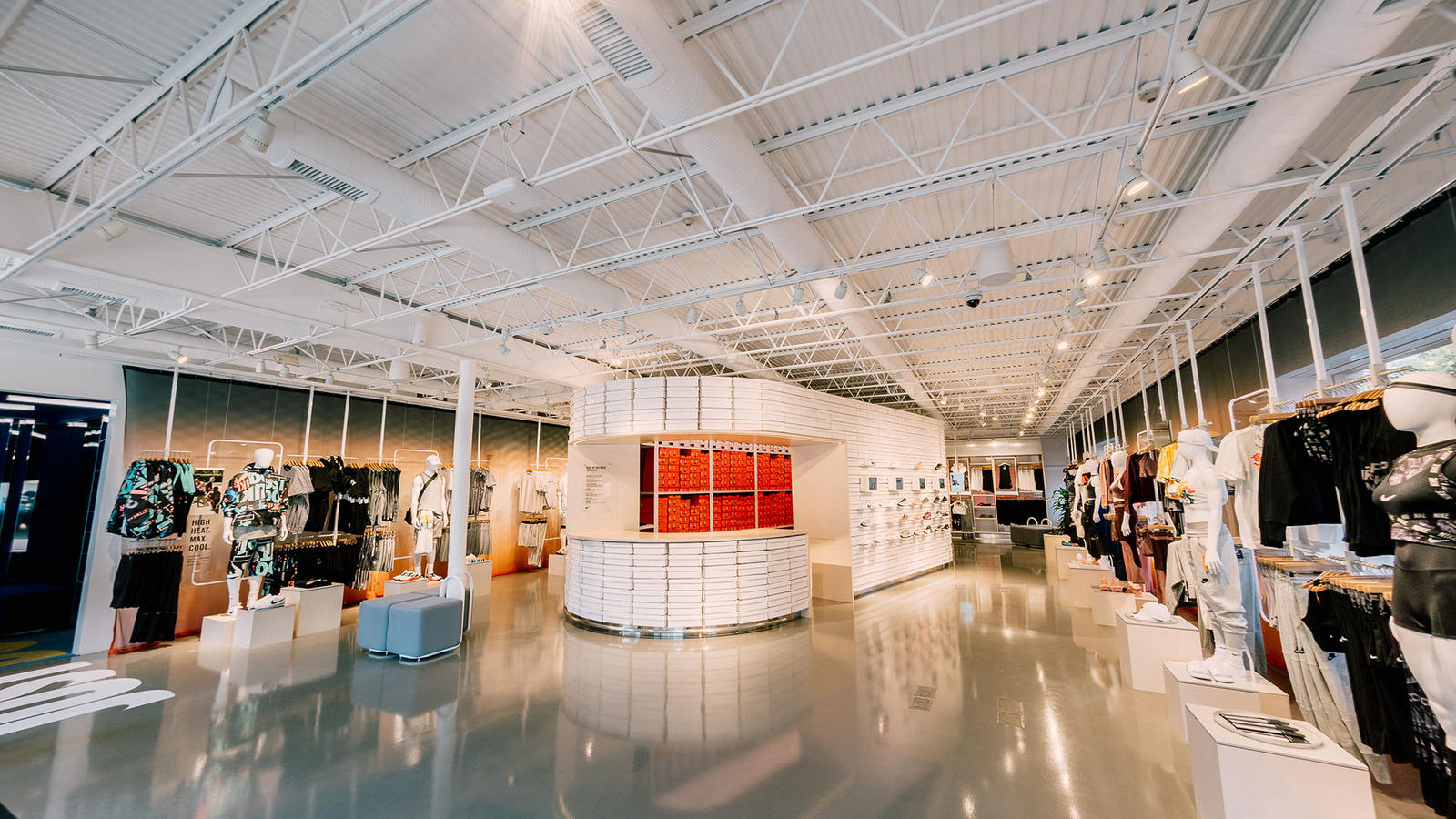 Nike's New Store Was Located And Stocked By You, Los Angeles 4