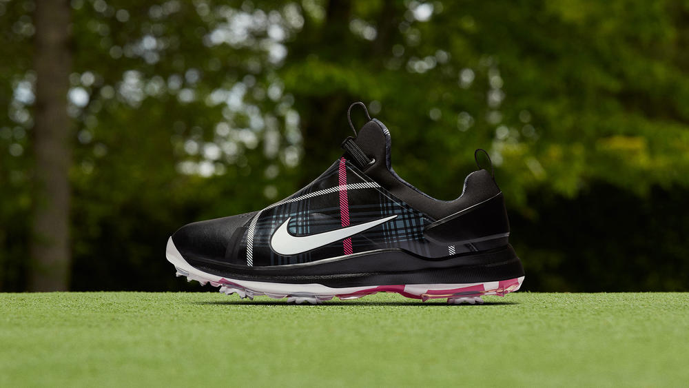 "Nike Golf Tour Premiere PE ""Car-nasty"""