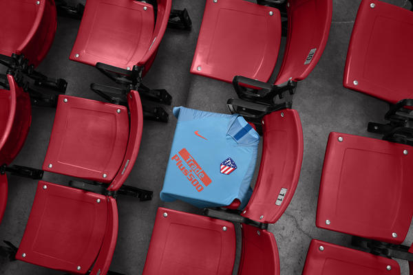 Atlético de Madrid's 2018-19 Away Kit Carries a Two-Tone Blue - Nike