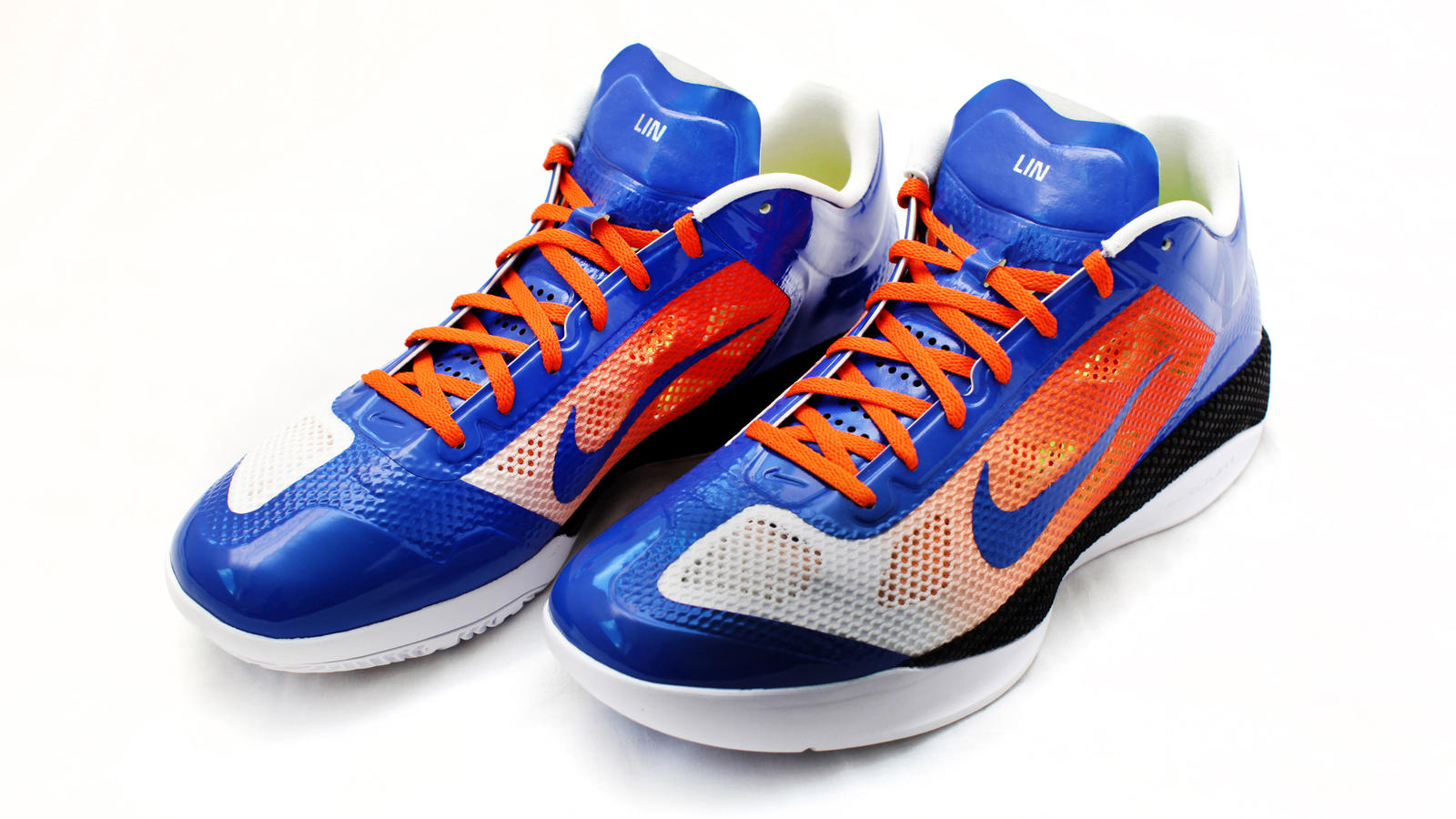 low priced 8aa45 b59e6 Jeremy Lin will wear a new Nike Zoom Hyperfuse Low iD basketball shoe this  weekend in Orlando beginning Friday evening. Customized for Lin, the Nike  Zoom ...