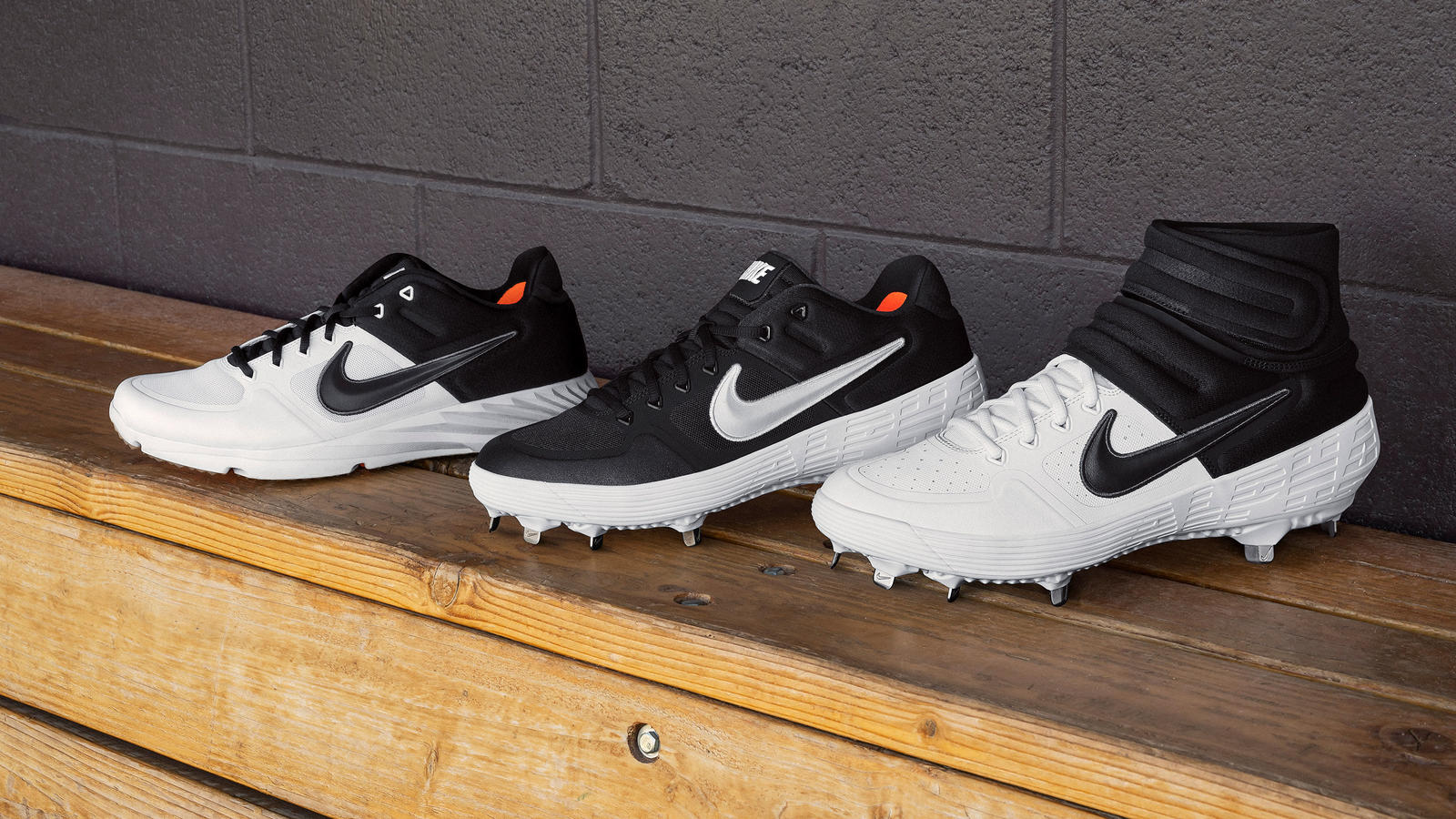Nike Alpha Huarache Elite 2 Cleat and Turf Shoe 0