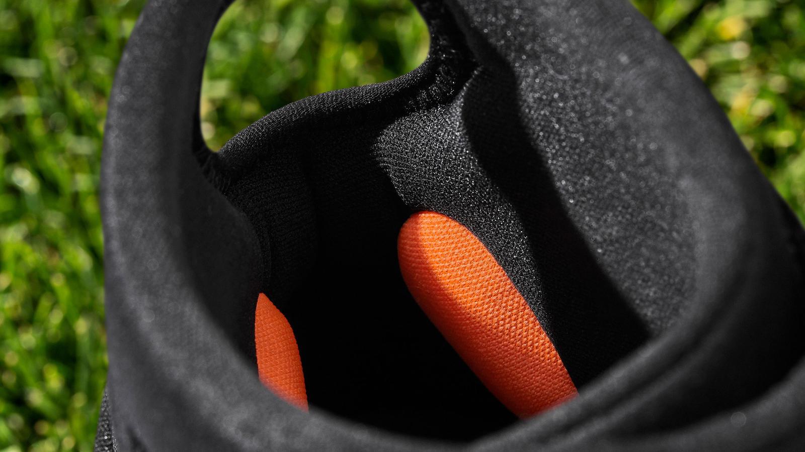 Nike Alpha Huarache Elite 2 Cleat and