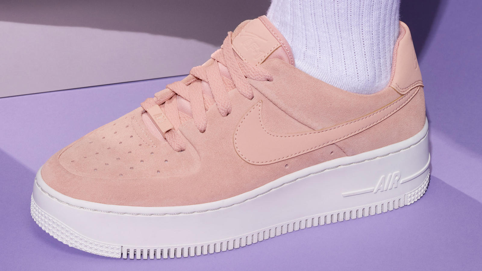 Touchante Chaussure Nike En Ligne Air Force 1 Low Basket