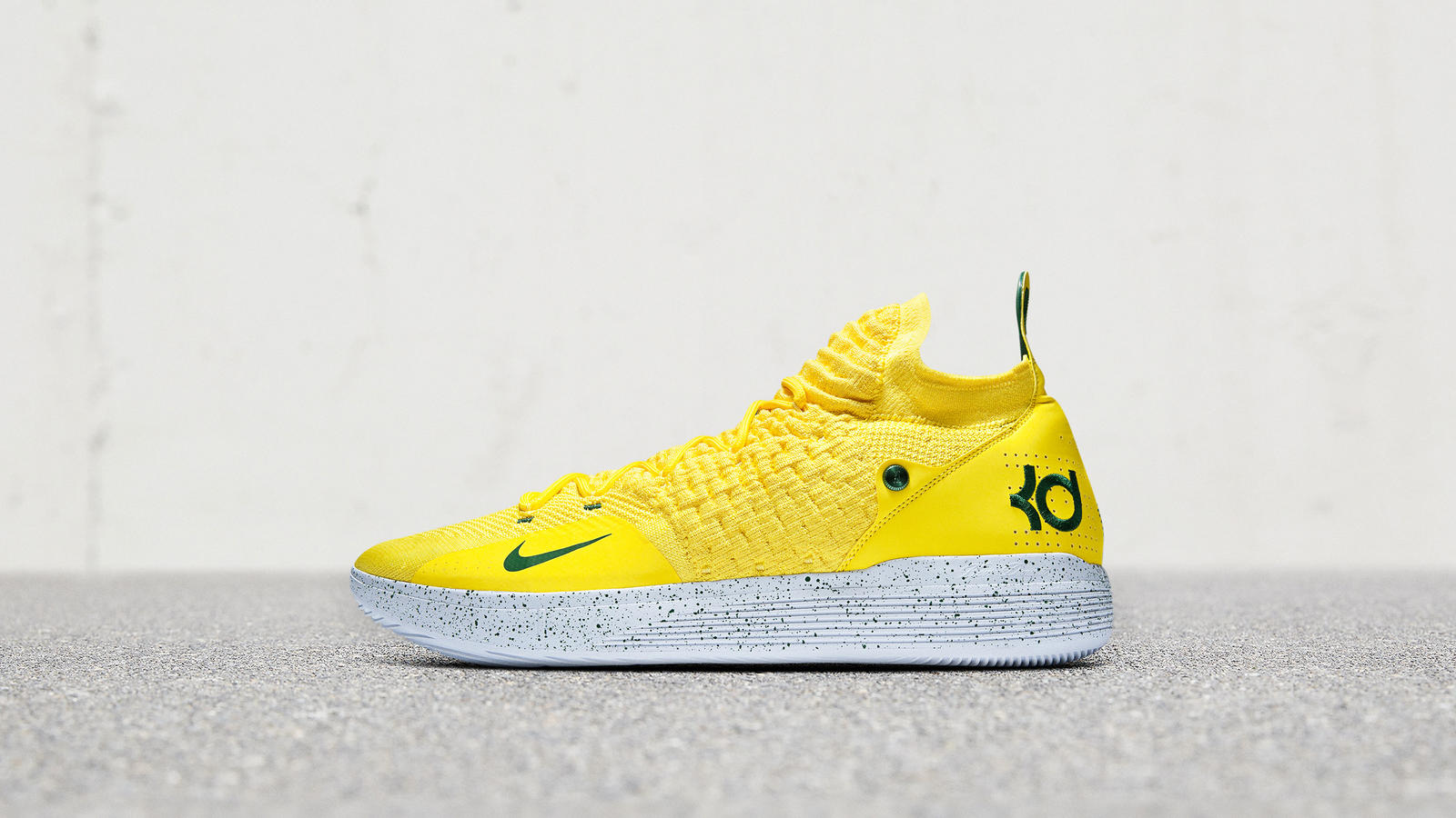 Featuredfootwear kd11 seattlepe 476 hd 1600