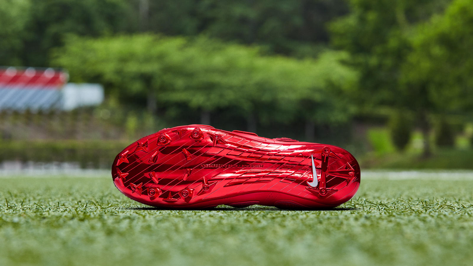 red nike vapor untouchable cleats