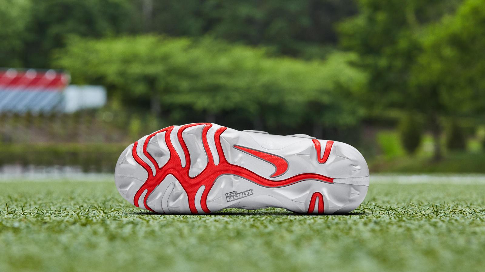 Nike Vapor Untouchable Pro 3 OBJ Uptempo Cleat  6