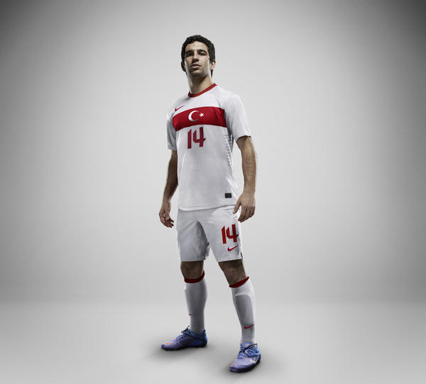 Nike Football unveils Turkey Away National Team Kit