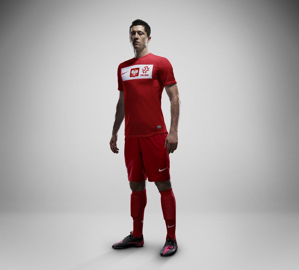 New Poland National Team Kit celebrates return of the eagle