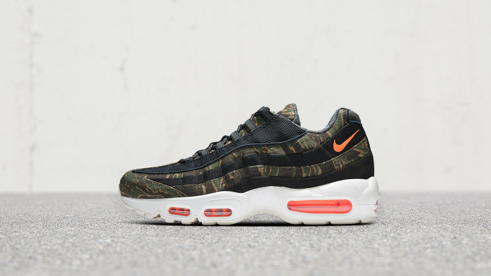 Featuredfootwear nsw nikexcarhartt 10.12.18 690 hd 1600