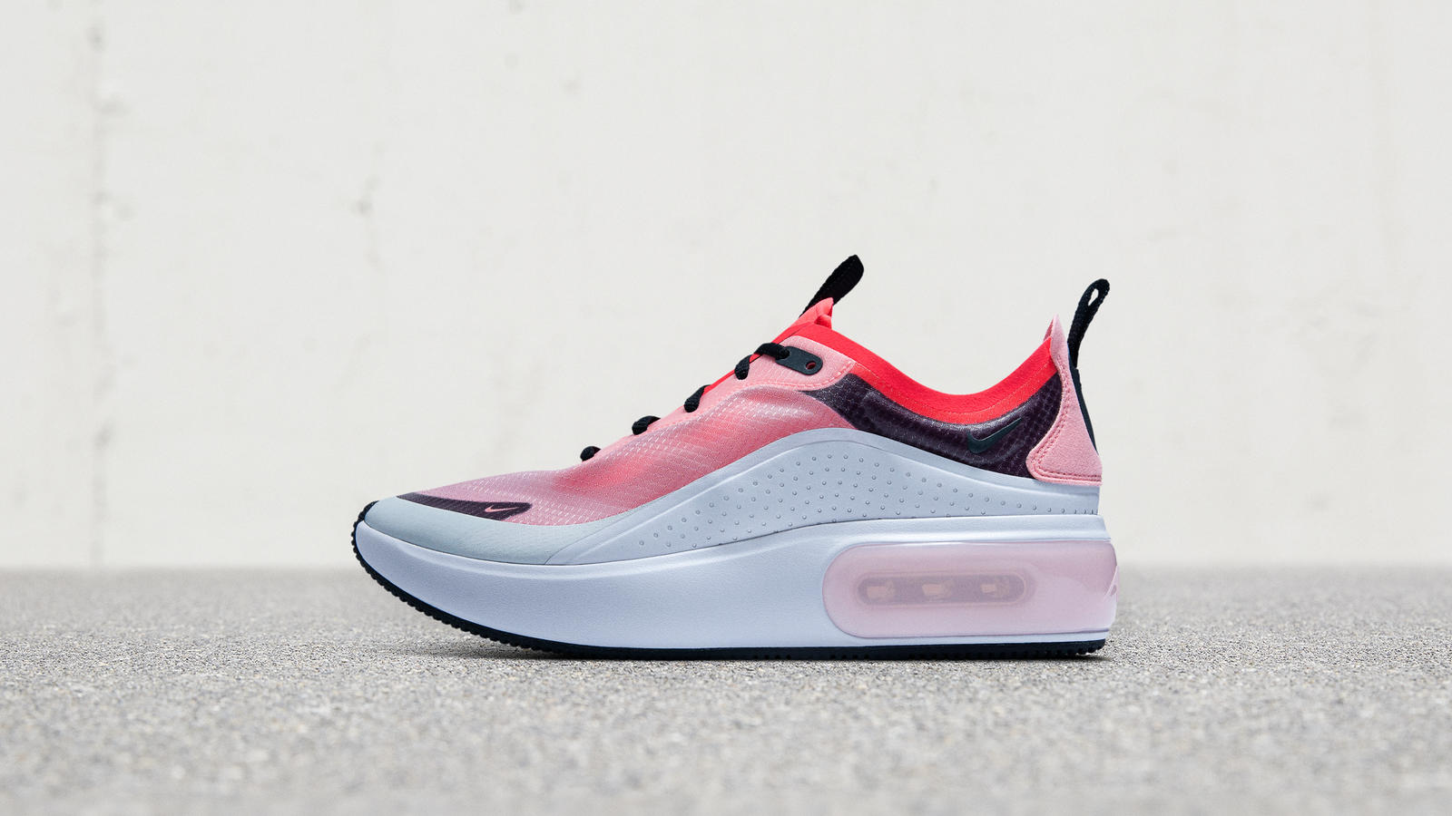 f37da4d2ba It's the Biggest Nike Air Bag Yet in a Women's-Only Shoe 8