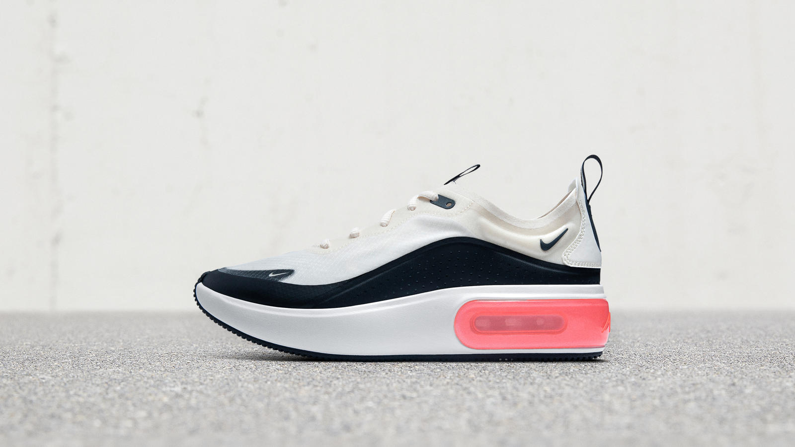 dc2719942c13 This New Women s Silhouette Brings Modern Elegance to Air - Nike News