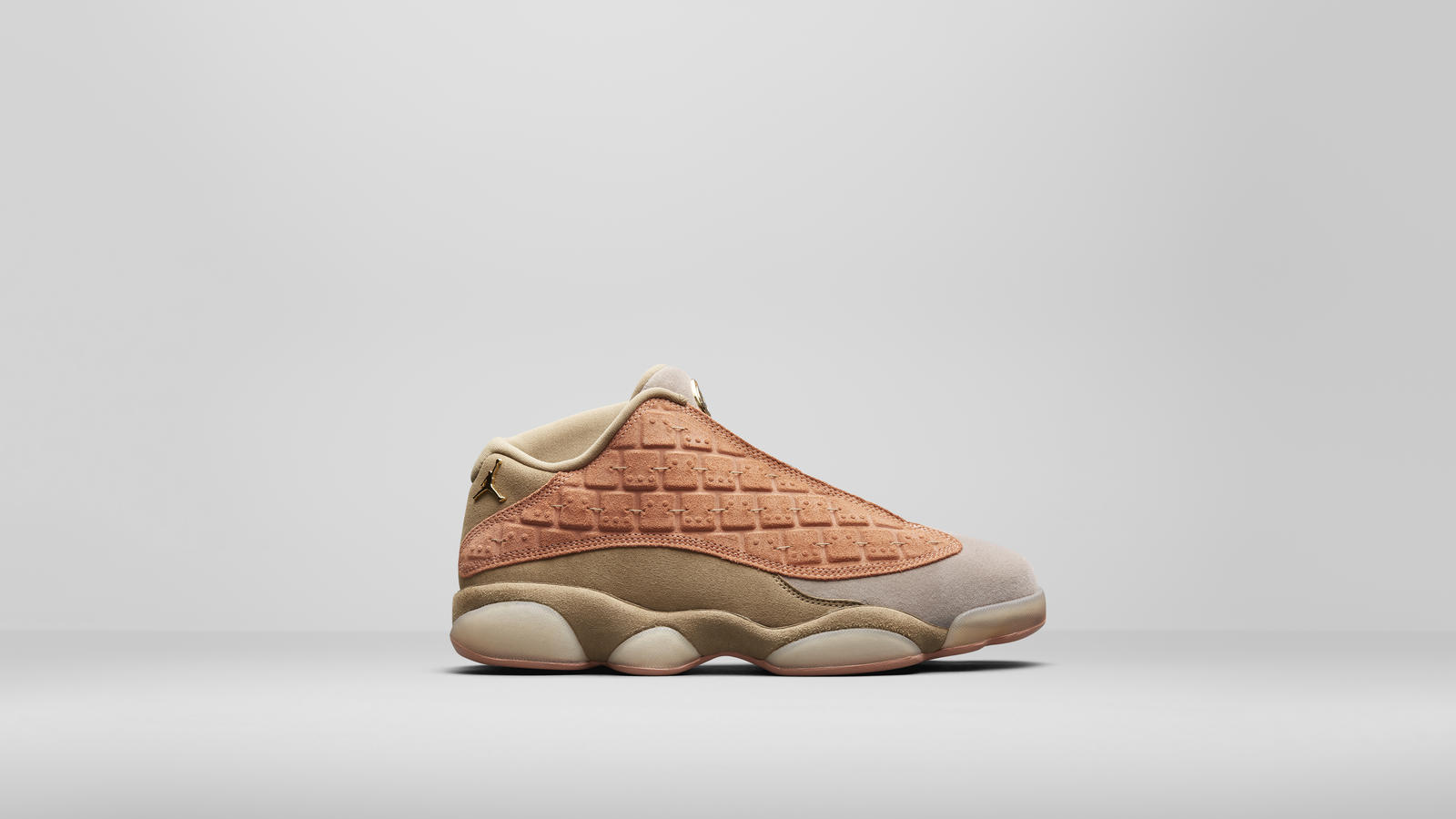 CLOT x Air Jordan XIII Low 4