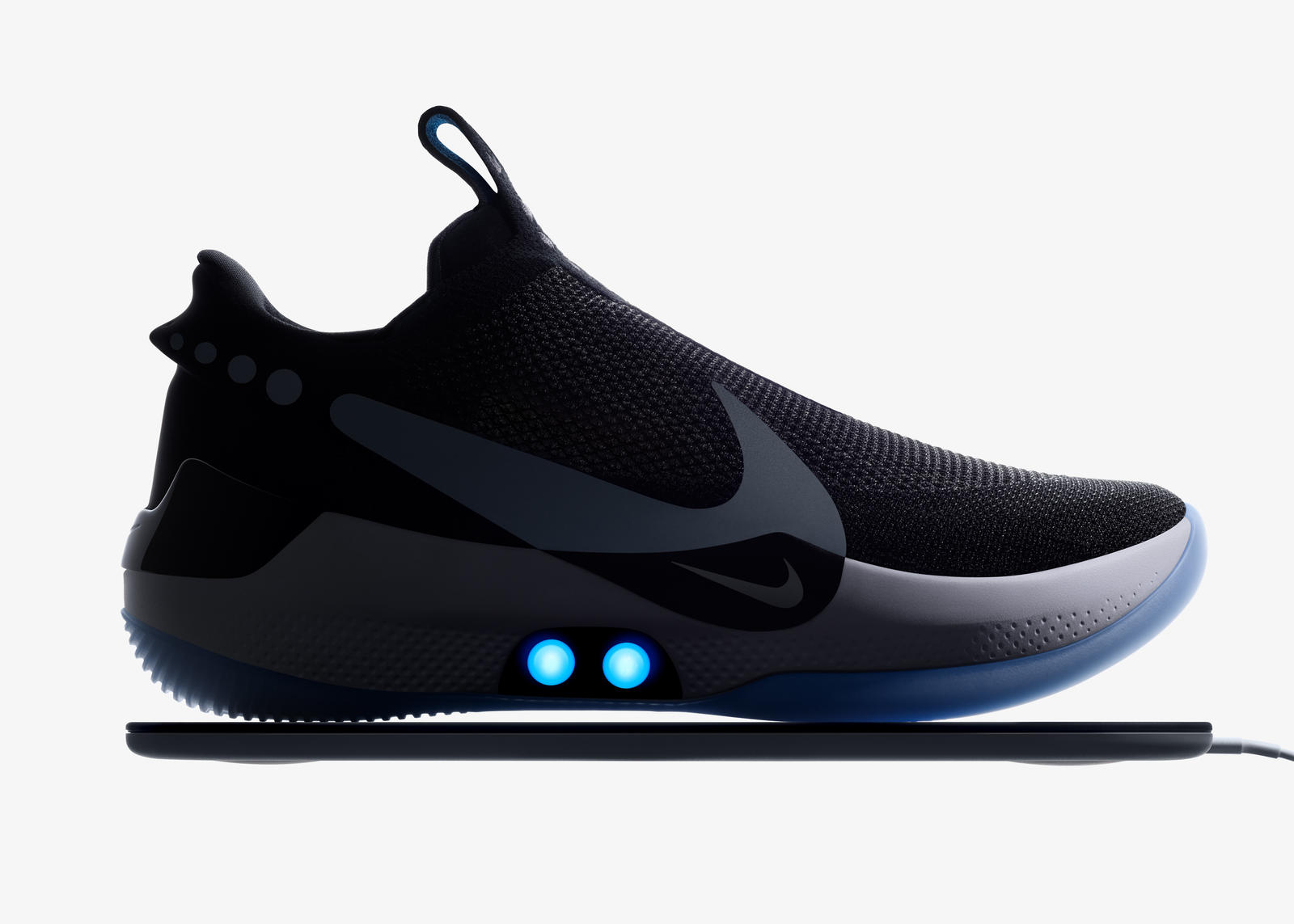 e9f38329f122 What is Nike Adapt  4. The new Nike Adapt BB basketball shoe