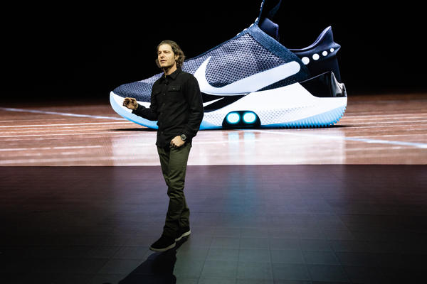 sale retailer 35d61 0245b Michael Donaghu Examines the Future of Fit at Nike and the Nike Adapt BB -  Nike News
