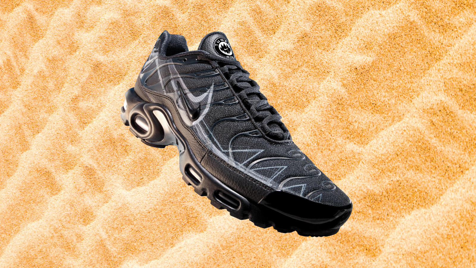 nike air max plus tn 6 black and white