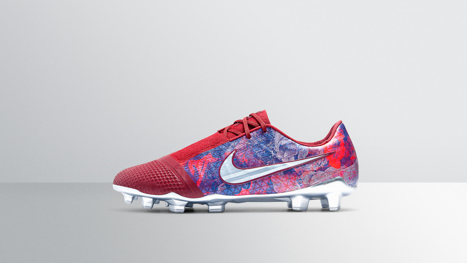 Special-Edition PhantomVNM for Alex Morgan 0