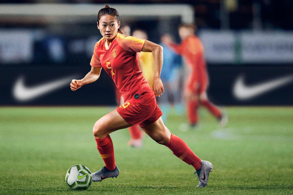 China's 2019 Football Kit Celebrates Rebirth