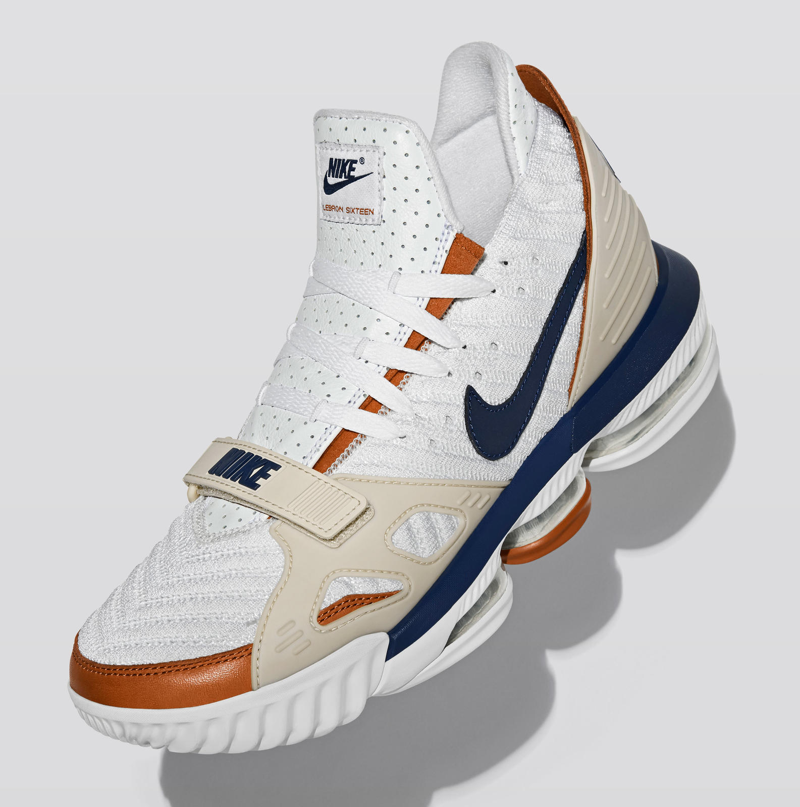 37266e0fe336 LeBron Watch 2018-19 - Nike News