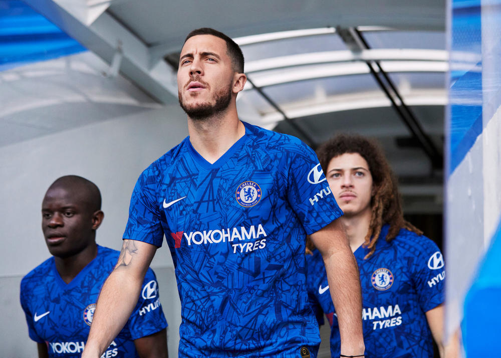 Chelsea's Home Kits Celebrate the Bridge