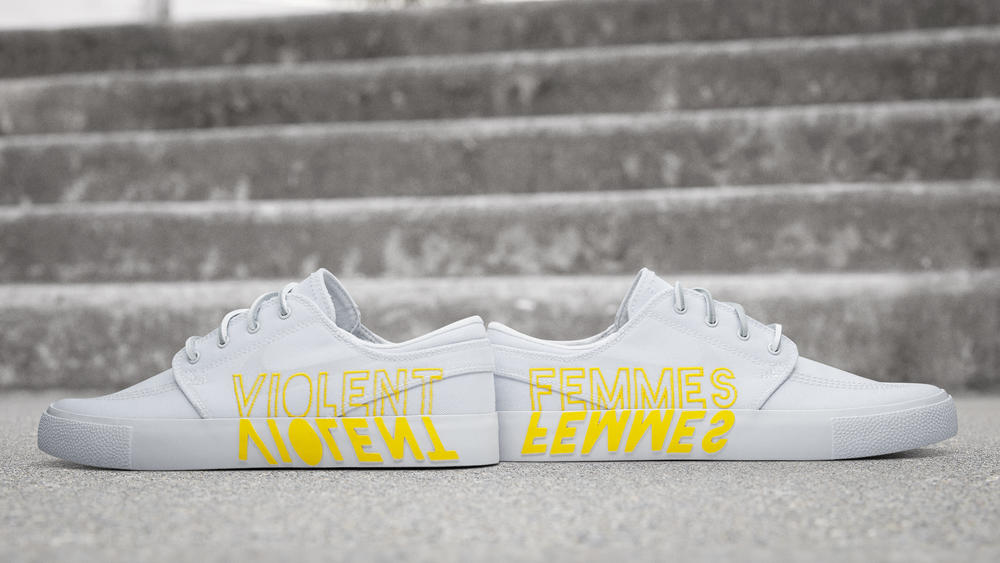 "Nike SB Zoom Janoski RM ""Violent Femmes"""