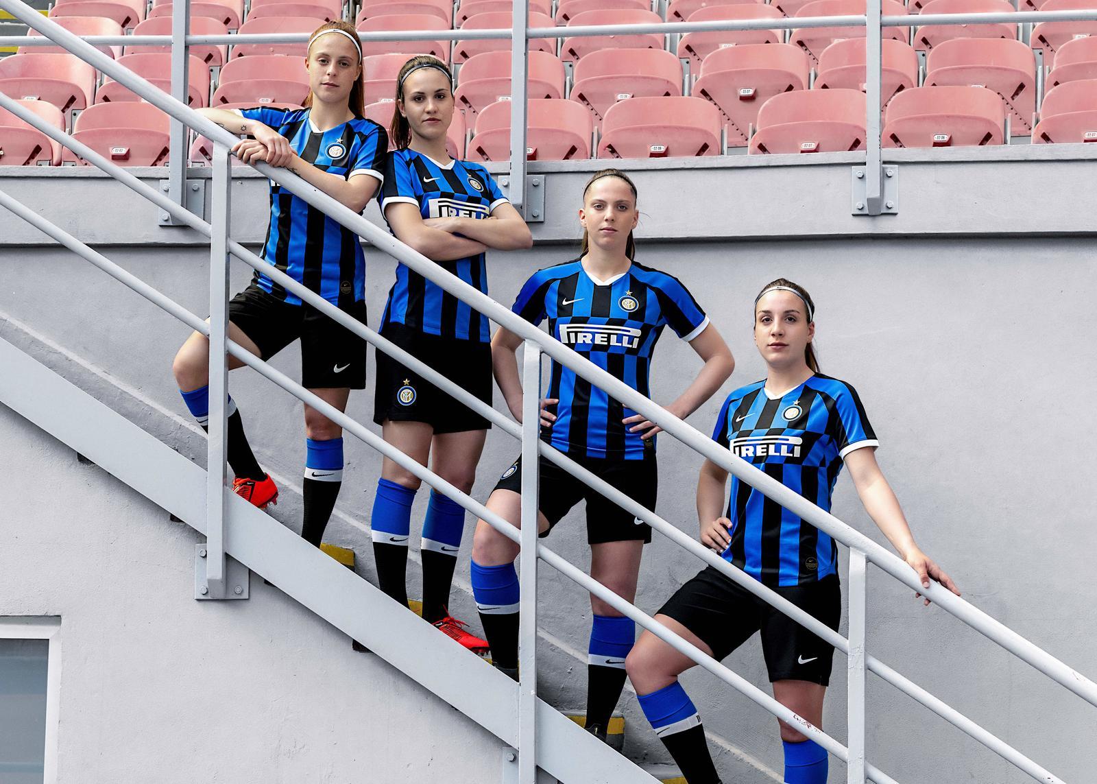 FC Internazionale Milano 2019-20 Home Kit 0