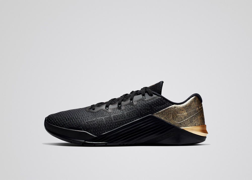 Nike Metcon 5 Medal Strong  3