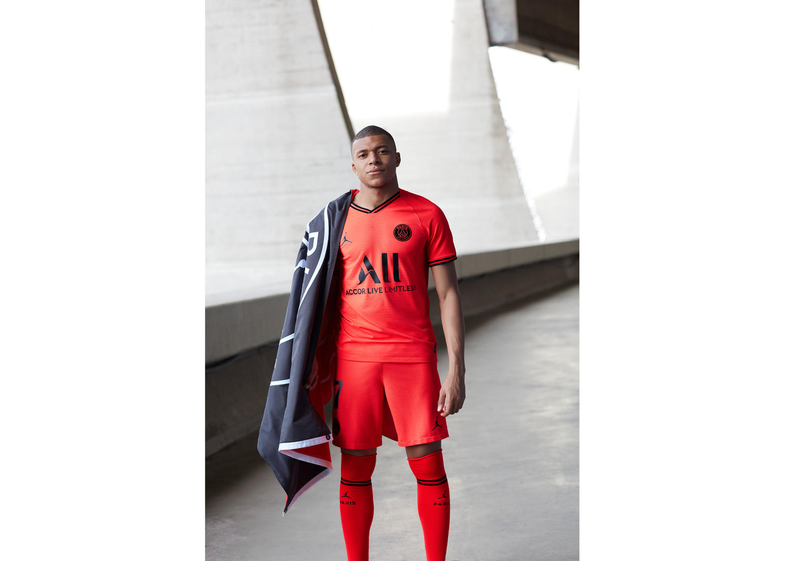 more photos ed7b4 5bbb2 Jordan Brand Paris Saint-Germain Away Kit 2019-20 - Nike News