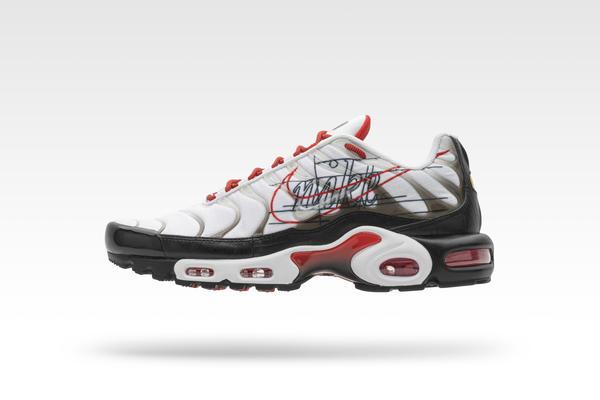 Nike and Footlocker Evolution of the Swoosh Packs 10