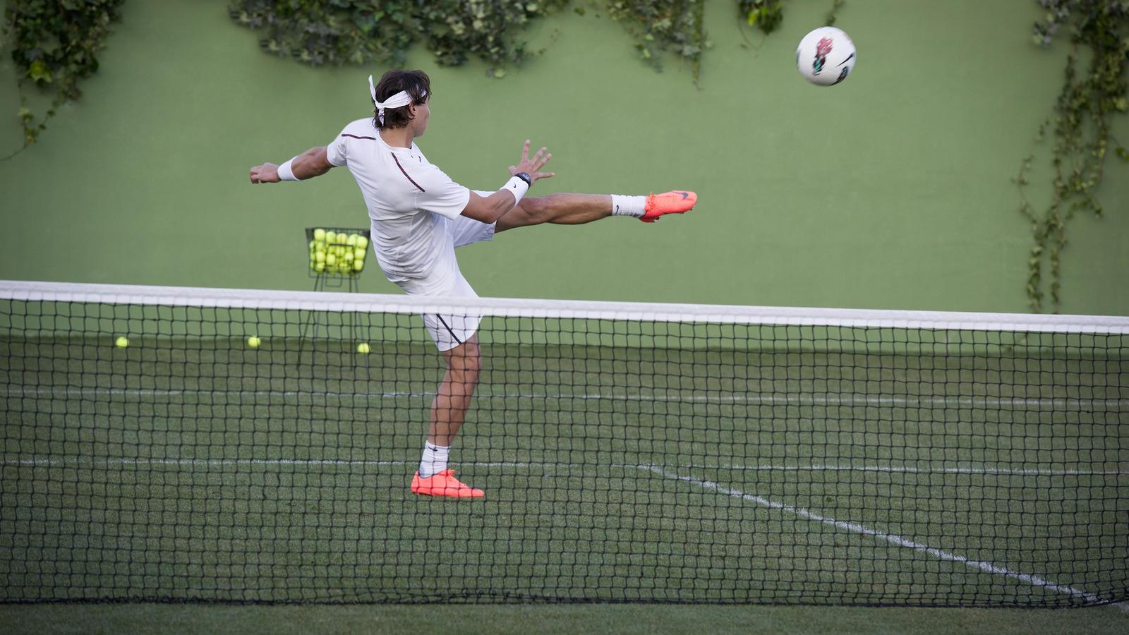 NikeMercurialVaporVIII_CR_Nadal_08