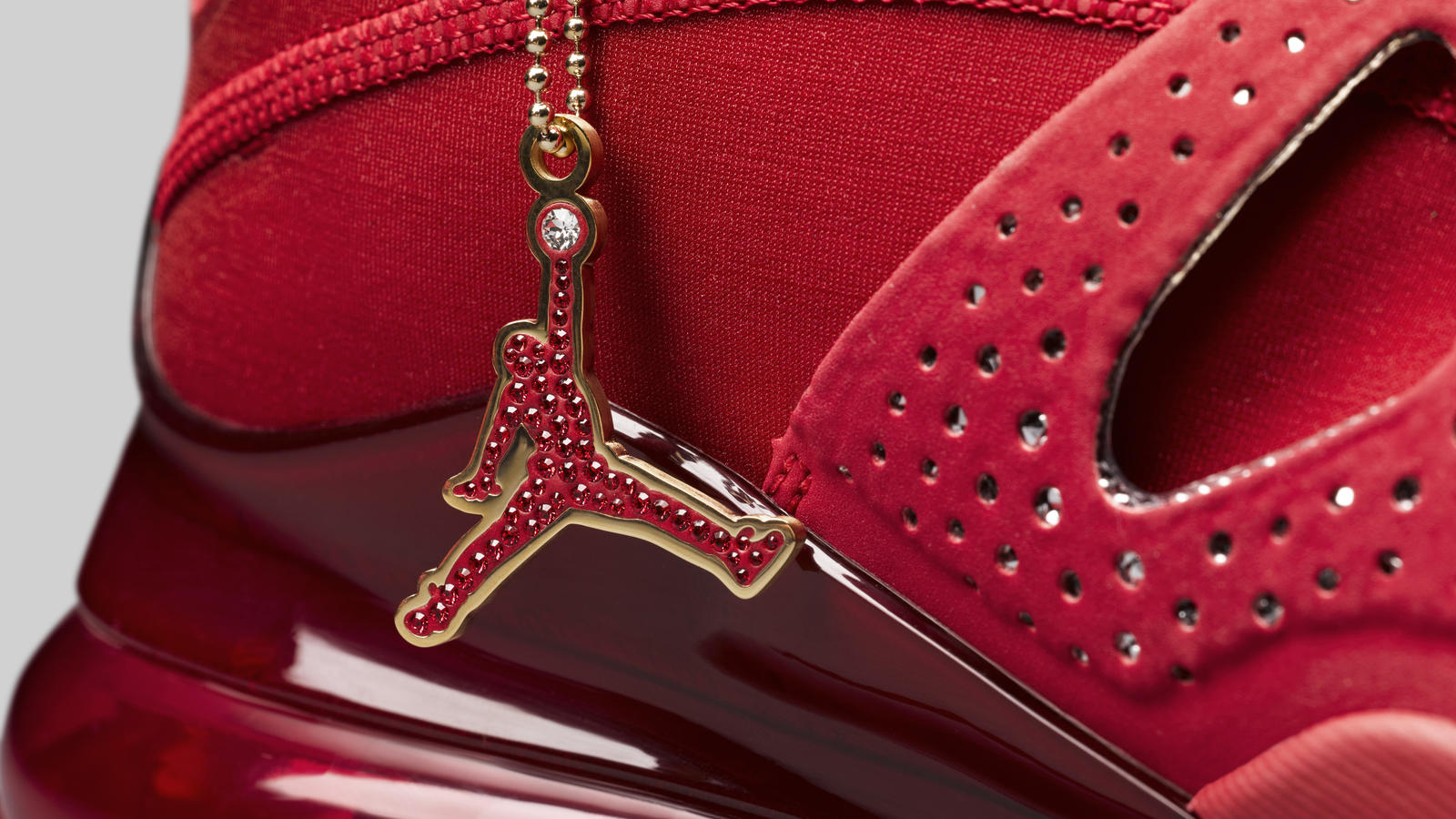 Jordan Air Latitude 720 Swarovski® Official Images and Release Date 6