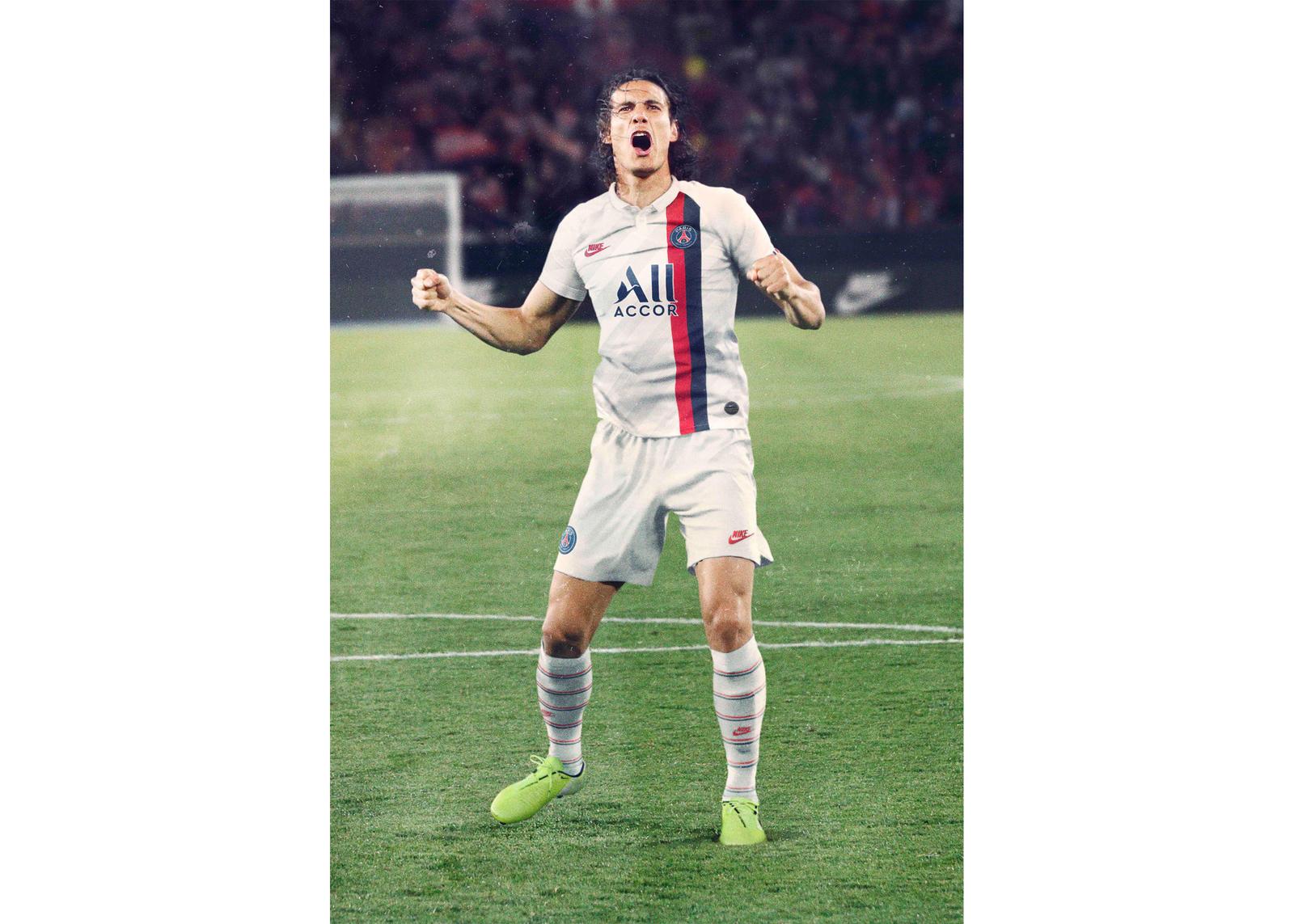 Paris Saint Germain Football Kits | Jordan & Nike | JD Sports