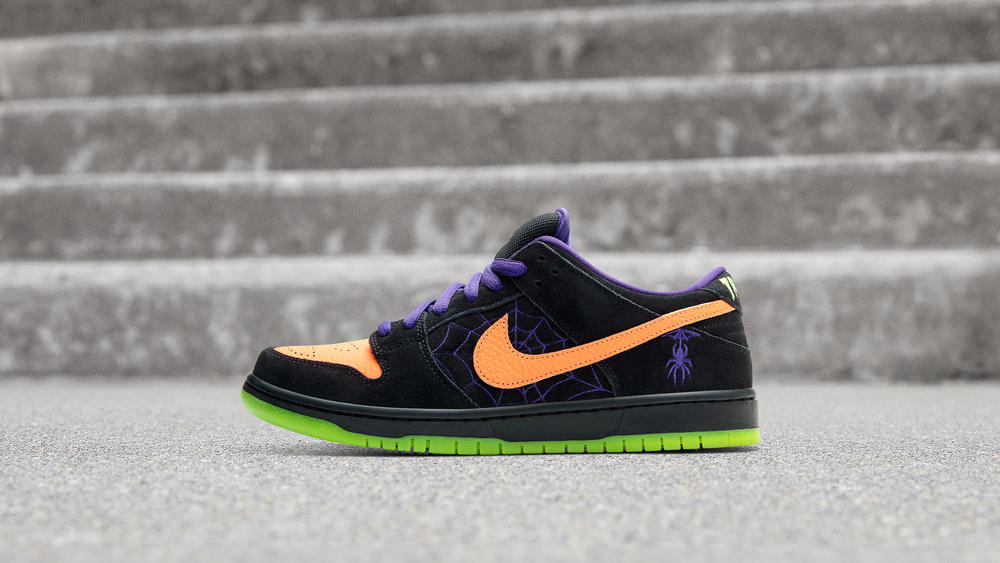 "Nike SB Drops Halloween Dunk Lo ""Night of Mischief"""