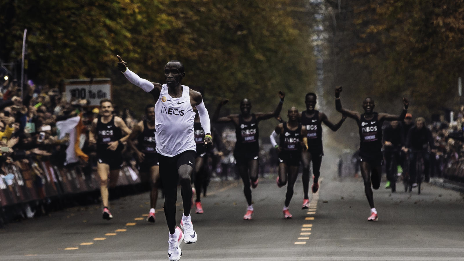 Anestésico Transeúnte capacidad  Eliud Kipchoge 1:59 Attempt Kit Nike Next% - Nike News