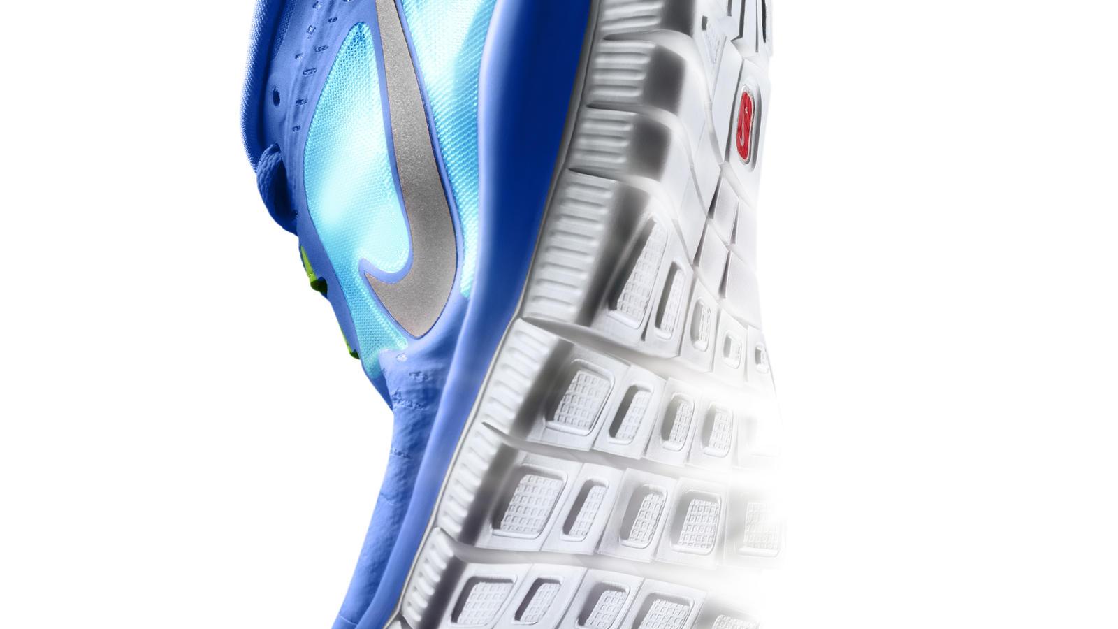Nike_Free_Run__M_Hero_ToeStrike_Left