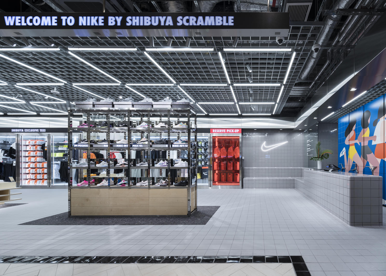 Nike Live Launches in Long Beach and Shibuya Scramble 4