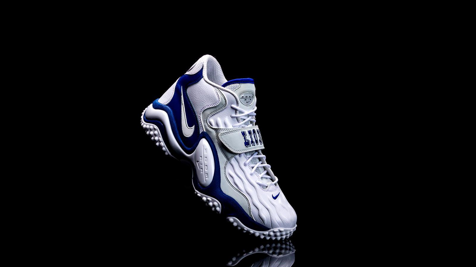 Nike unveils shoe honoring Hall of Famer, former Detroit