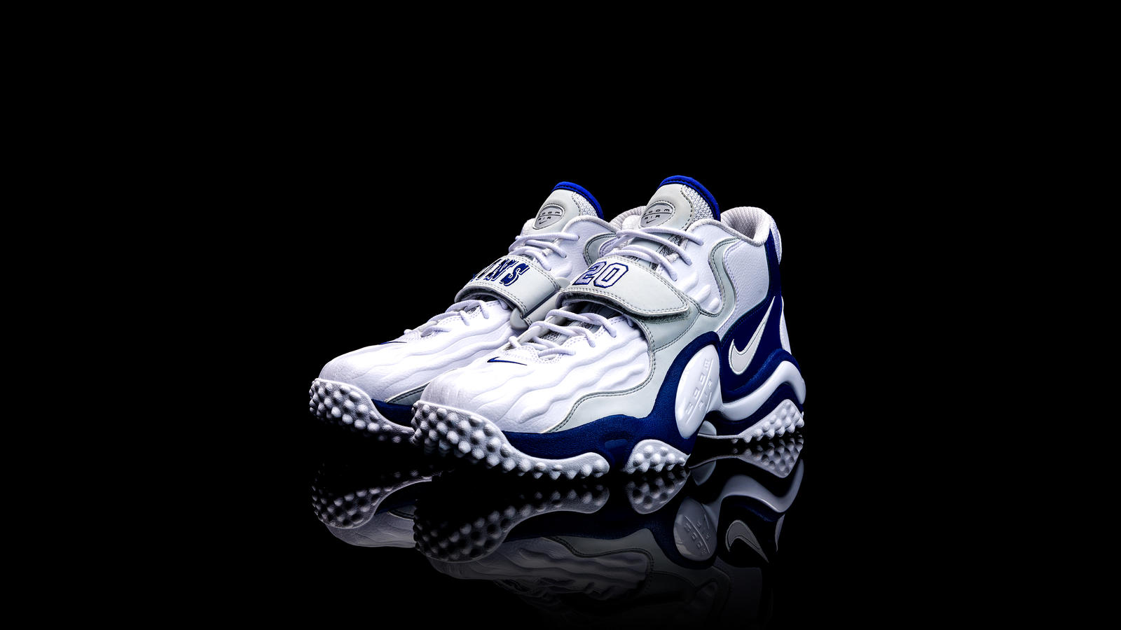 Barry Sanders Nike Air Zoom Turf Jet 97 2