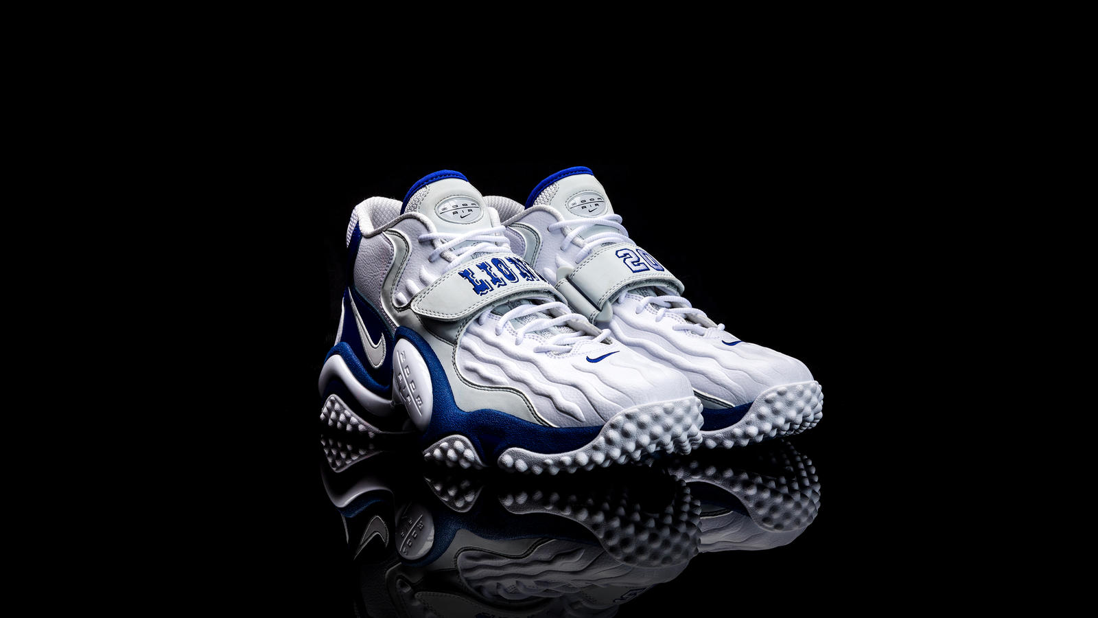 Barry Sanders Nike Air Zoom Turf Jet 97 3