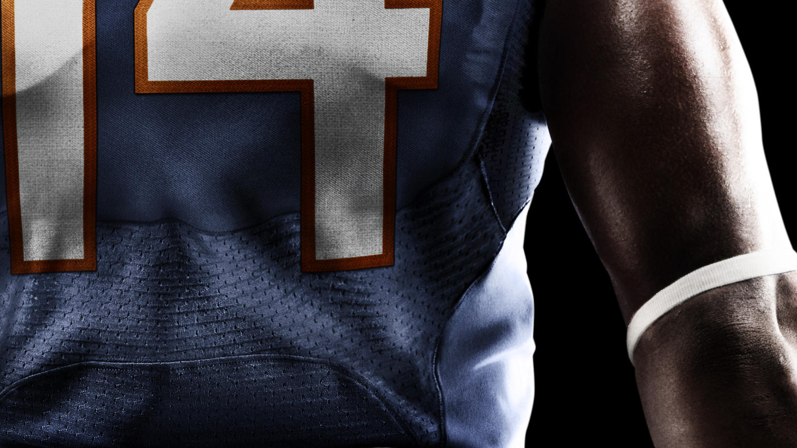 SU12_AT_NFL_UNIFORM_ZONE_VENT_BEARS