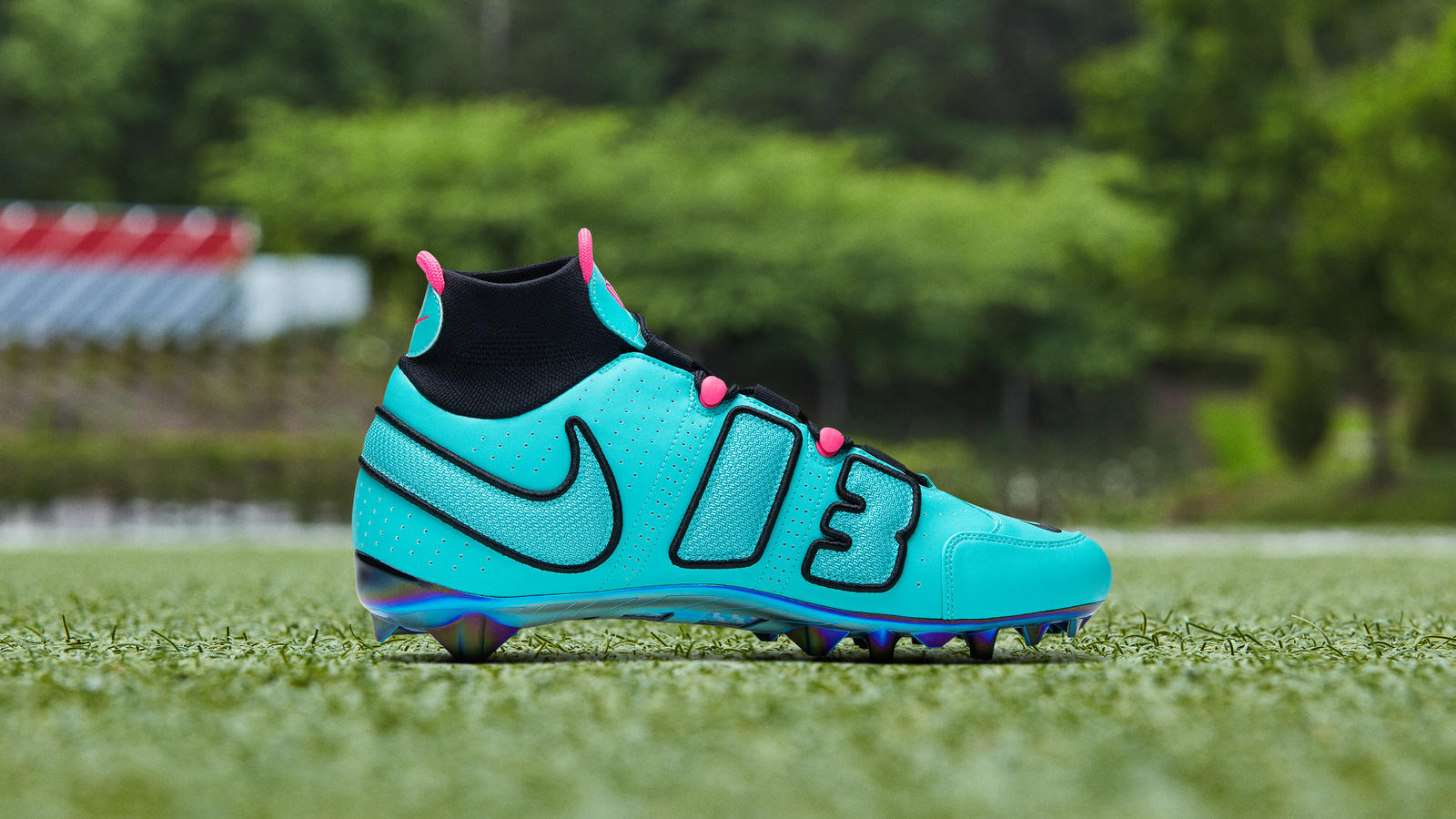 OBJ Odell Beckham Jr. Week 12 Nike Vapor Untouchable Pro 3 Uptempo Cleat LeBron 8 South Beach 3