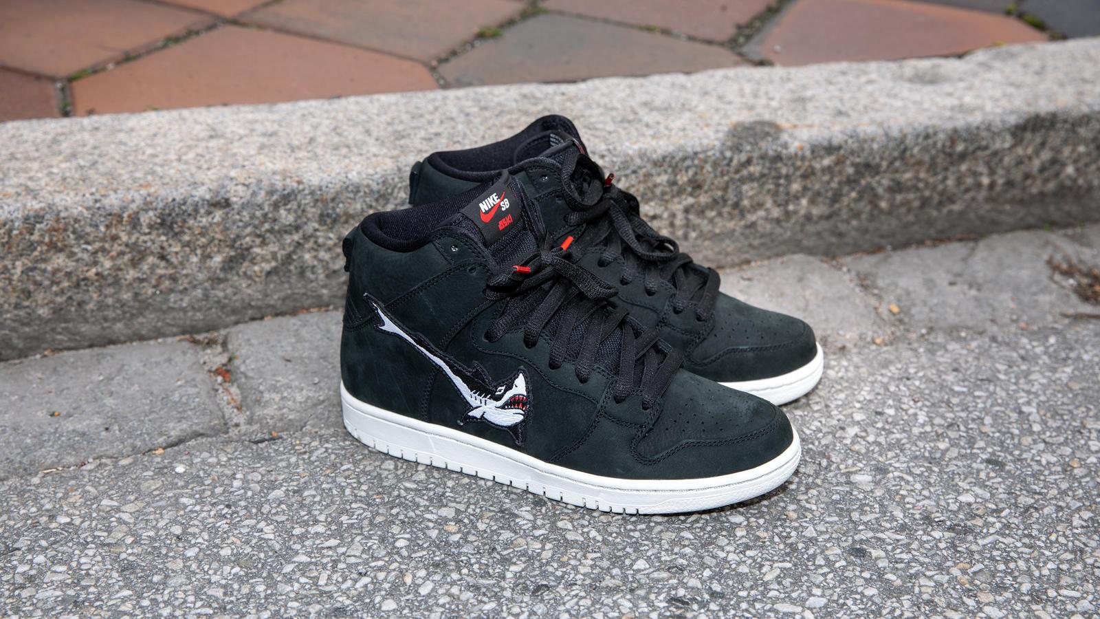 Red Air Max 90, Jordans For Women, Nike Sb High Top Dunks  