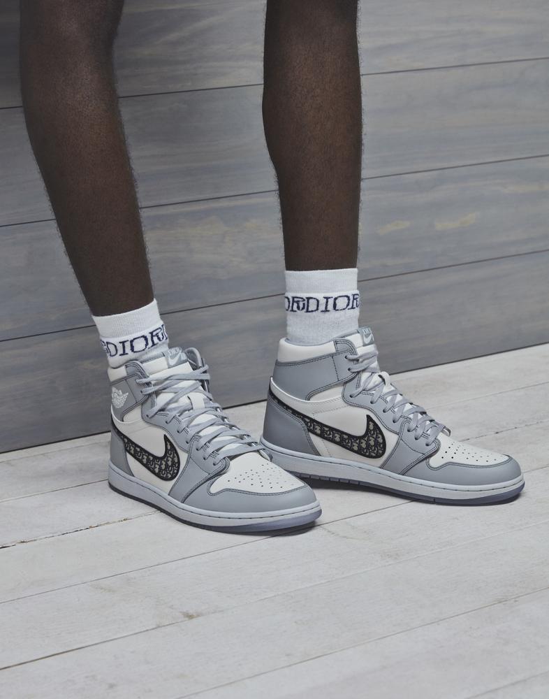 Movilizar licencia Aclarar  Jordan Brand x Dior Jordan 1 Official Partnership - Nike News