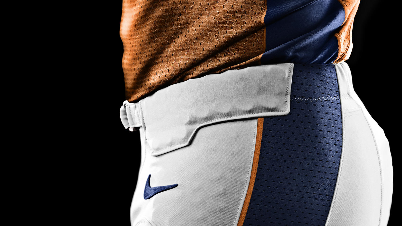 SU12_AT_NFL_UNIFORM_DEFLEX_BRONCOS